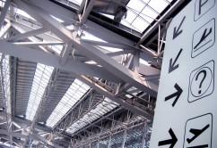 aeropuerto puertas