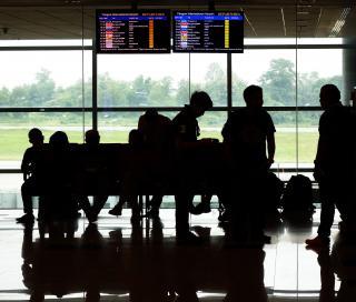 Los aeropuertos de París registran una caída de tráfico de un 6% tras los atentados terroristas