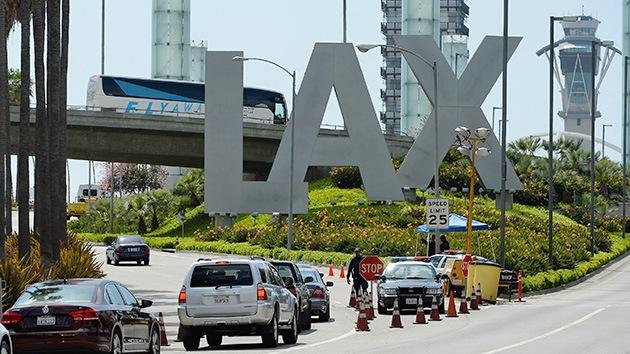 'Hackean' las pantallas de vuelos del aeropuerto internacional de Los Ángeles