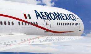 Aeromexico B777 front