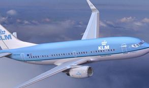 Boeing y Sberbank anuncian un pedido de 12 unidades del 737-800