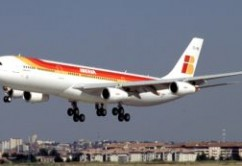 Iberia A340-300 landing