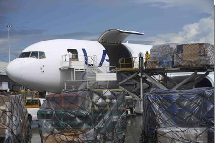 Governo estuda agilizar despacho de mercadorias nos aeroportos