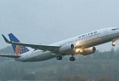 United B737-800