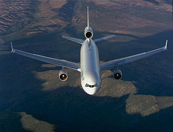 Turbulencias por crisis golpean al transporte aéreo