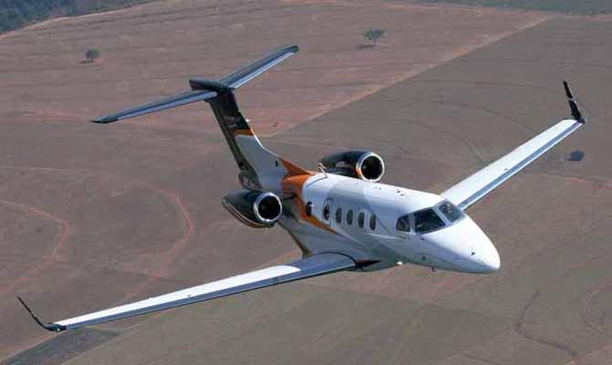 Embraer realiza primeira entrega de um Phenom 300 fabricado nos EUA