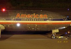 American Airlines B777 front (E.Moura)