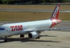 TAM A320 E.Moura (2)