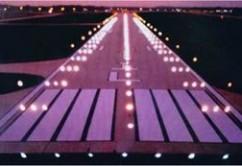 luces pista aterrizaje