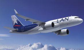 LATAM recibe su 200º avión A320 durante el Salón Aeronáutico de París