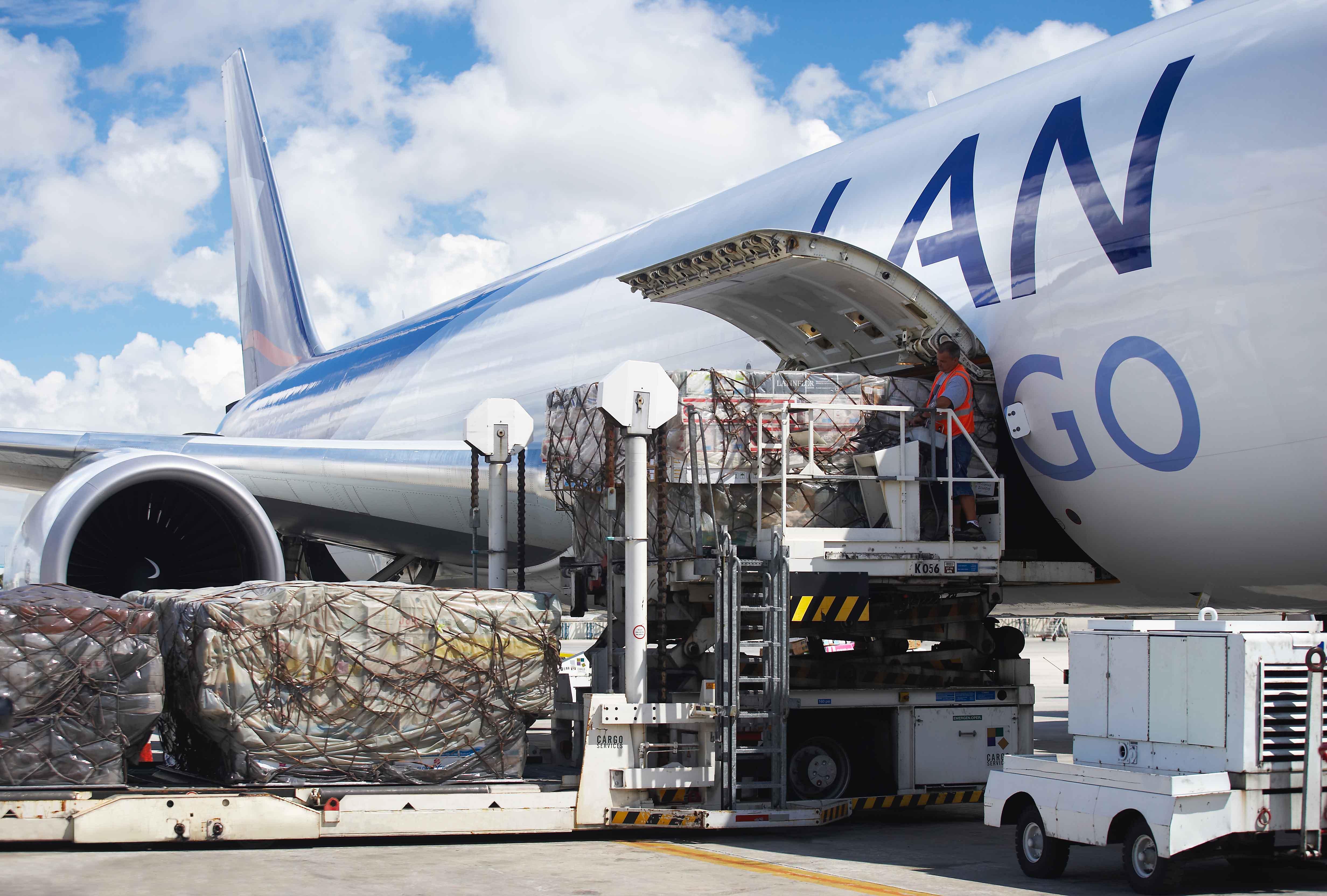 Más de tres mil kilos de basura electrónica de Isla De Pascua se reciclarán en Santiago