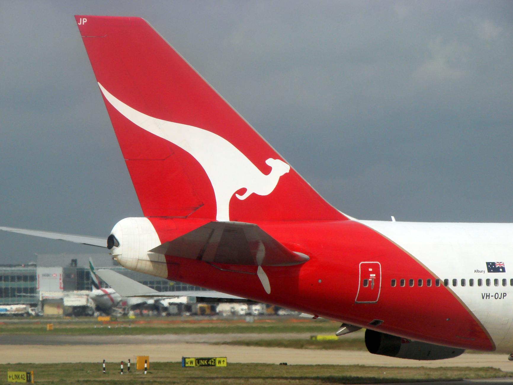 La aerolínea australiana Qantas logra un beneficio de 4,4 millones de dólares