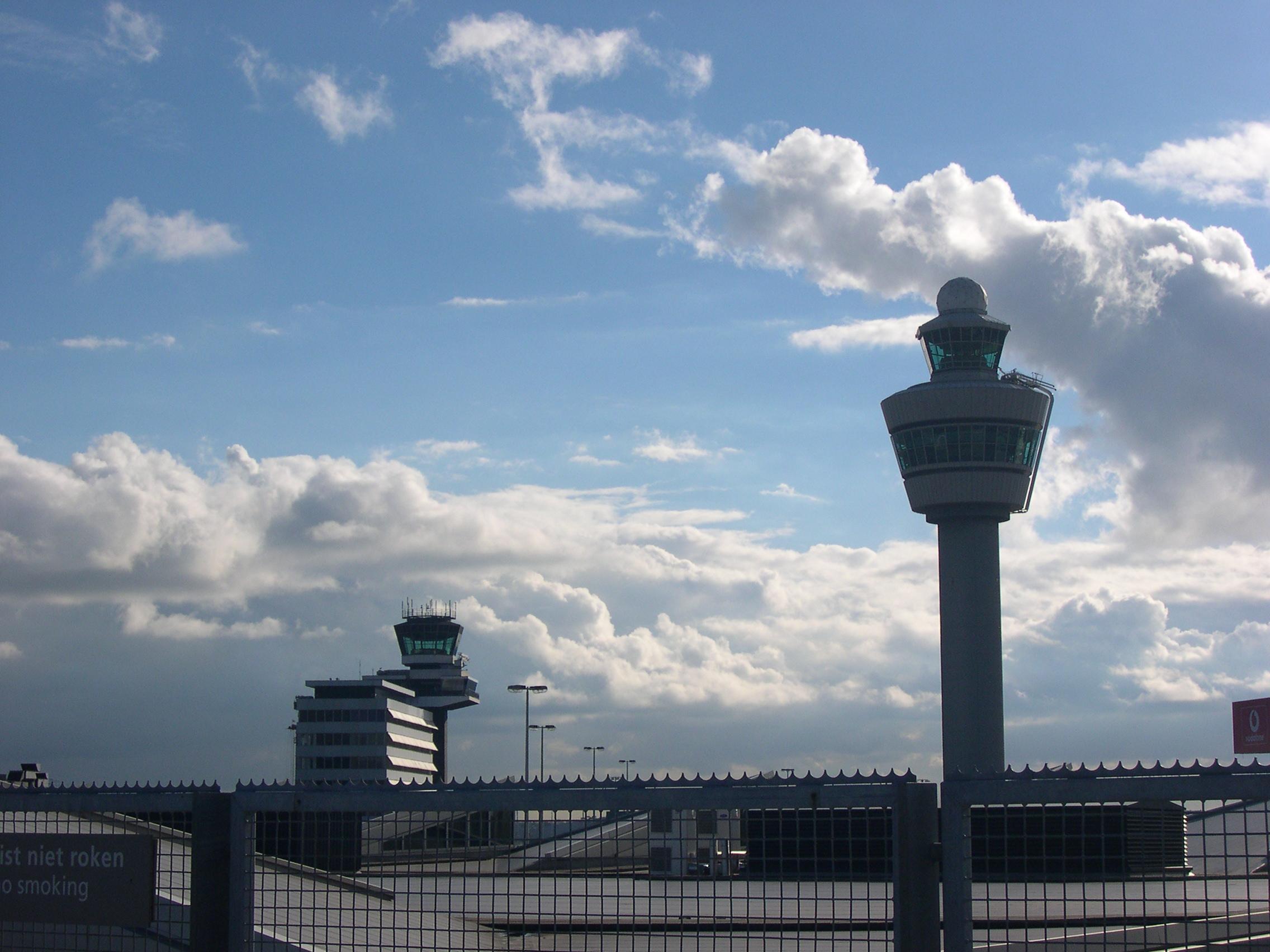EE.UU. daría detalles en plan de privatización de tráfico aéreo