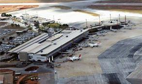 Satisfação com aeroportos brasileiros sobe 13% em 5 anos