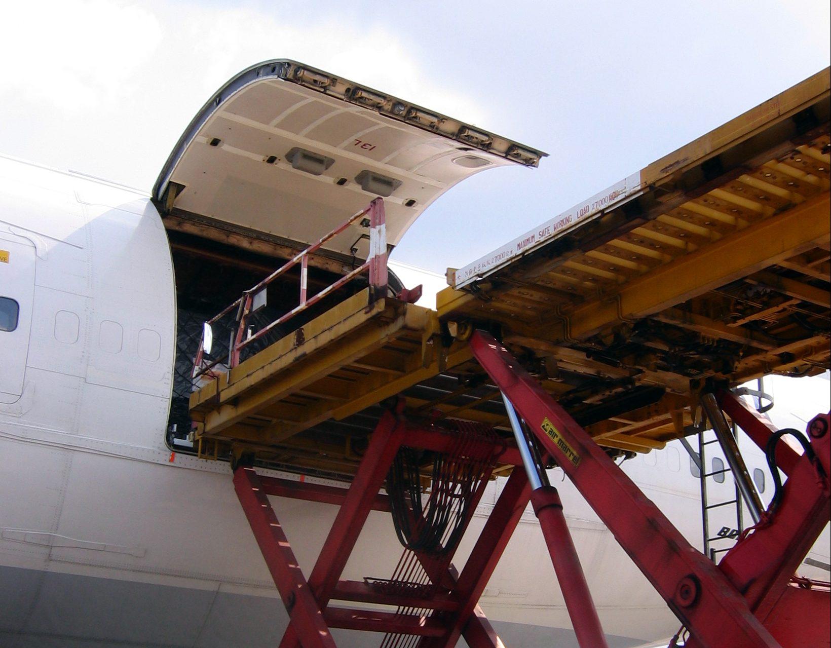 Transporte aéreo de cargas cresce 1,4% em 2013