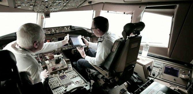 Remplaza American Airlines manuales de vuelo con iPads