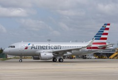 MSN 5678 American Airlines FF Taxi