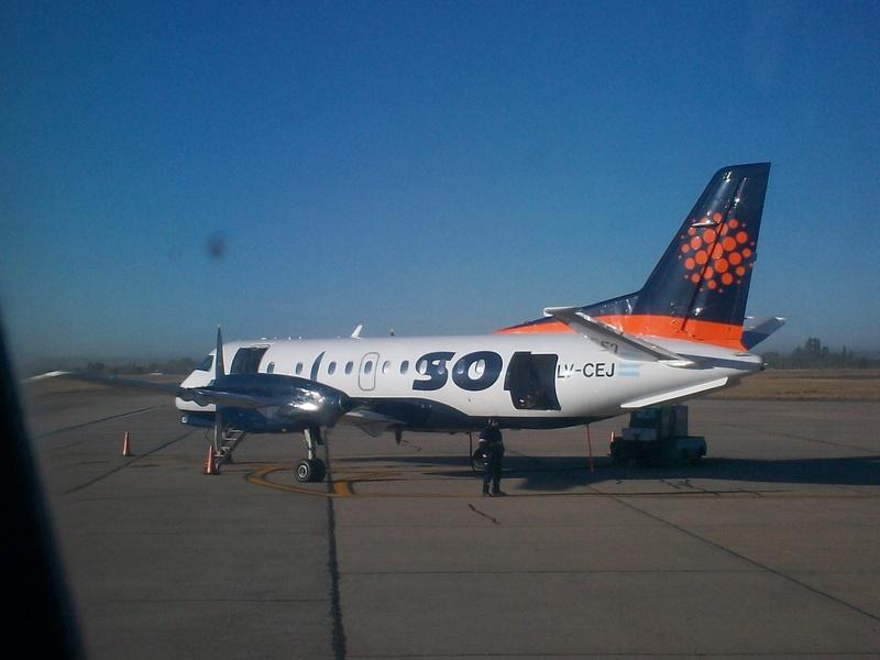Por un paro nacional de pilotos, no salen ni llegan vuelos a Rosario de la aerolínea Sol