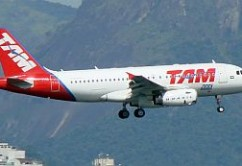 TAM A319 E. Moura
