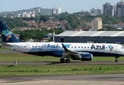 Azul ERJ190 POA E.Moura