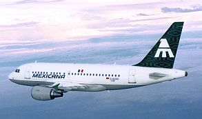 Suben precios aerolíneas, ante salida de Mexicana