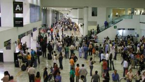 Aeropuerto holandés prueba cámaras que detectan comportamientos sospechosos