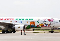 happy-music-time-hello-kitty-jet
