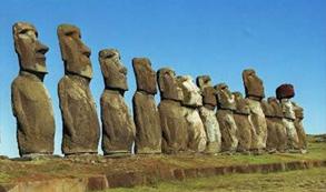 Rapa Nui pone límites al turismo: A partir de agosto visitas a la isla podrán ser de máximo de 30 días