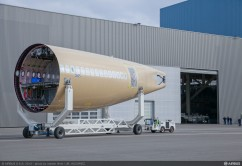 A350 MSN5 SECTIONS ENTRY INTO FAL