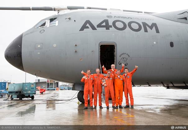 "Segundo A400M de la Fuerza Aérea Francesa es bautizado como ""Ville de Toulouse"""