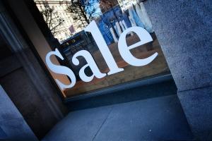 Las compras de turistas en Barcelona suponen el 18% del sector comercial