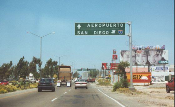 Ante tiroteo, cierran aeropuerto de San Diego