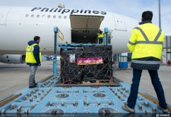 4th Philippines airlines loading-02_