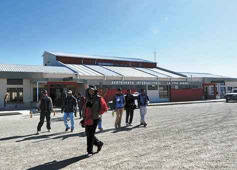 Aeropuerto de Uyuni ya cuenta con iluminación