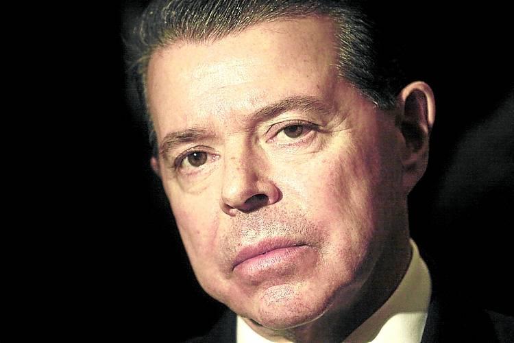 Escracharon a Oyarbide en un vuelo que volvía de Punta Cana