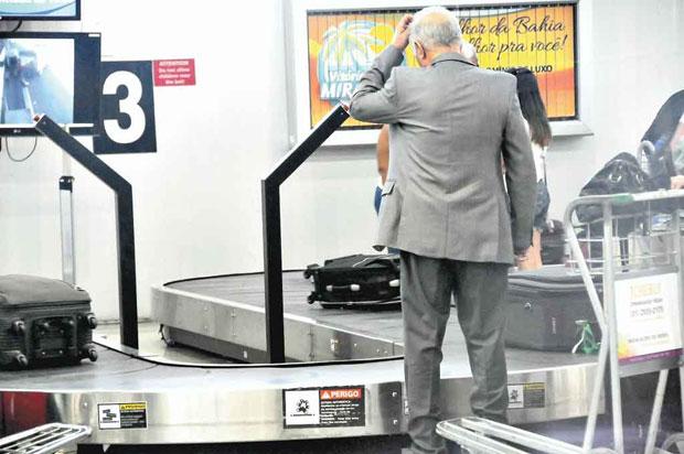 Como agir quando a bagagem é extraviada no aeroporto?