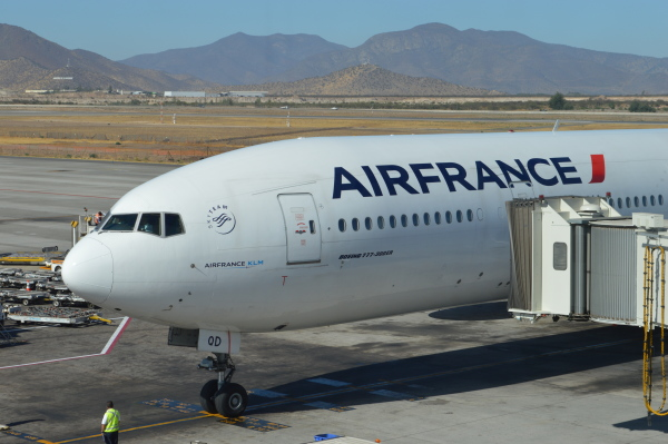 Entra en segunda semana huelga en aerolínea Air France