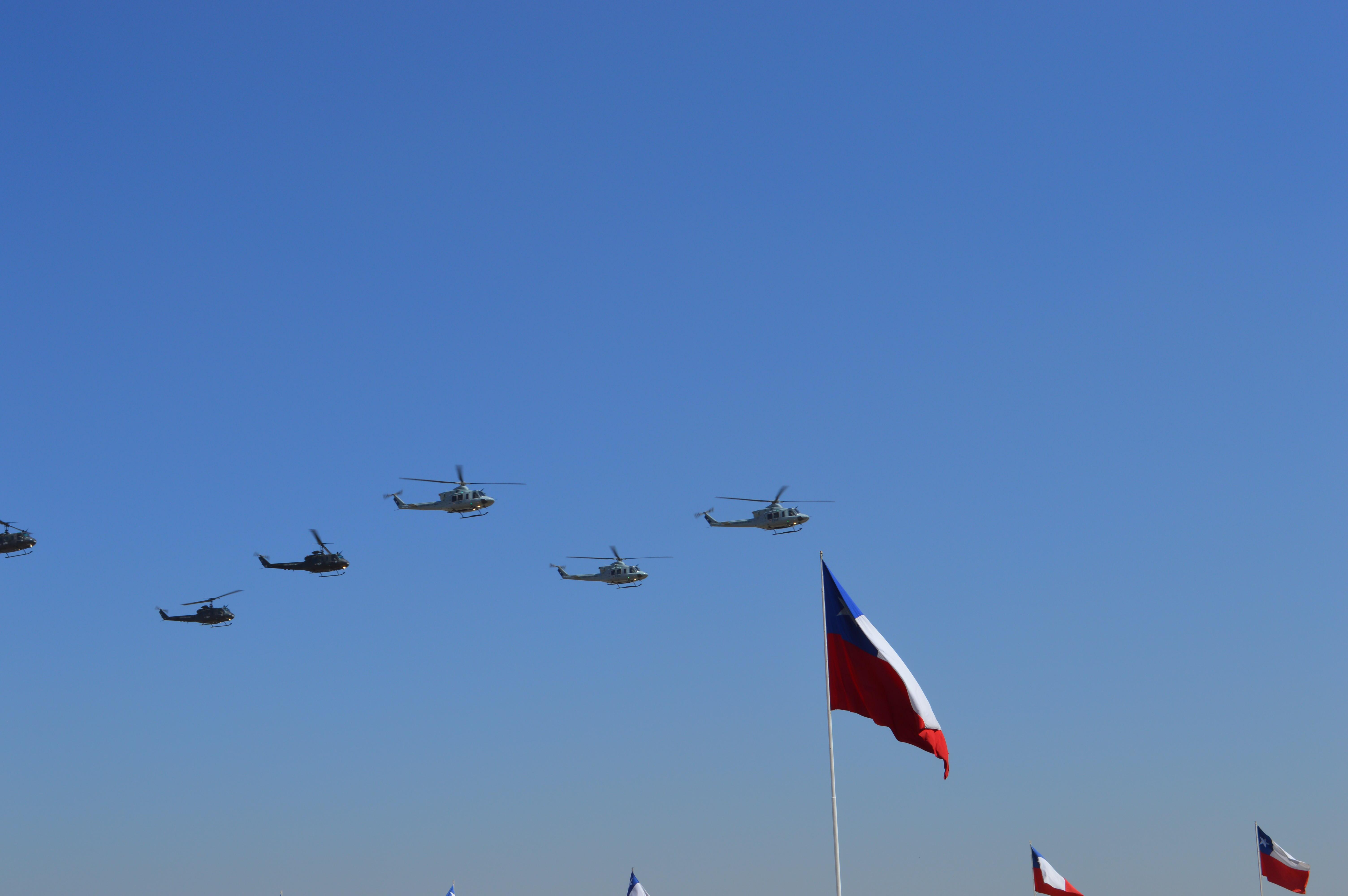 Presidenta Bachelet participó en la conmemoración del aniversario N° 85 de la FACh