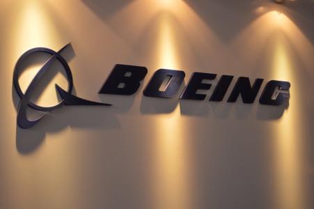Boeing repartirá un dividendo trimestral de 0,84 euros por acción