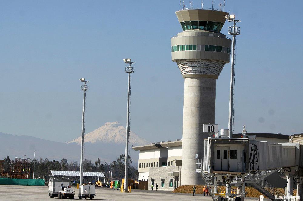 Ecuador: Aeropuerto cuenta con certificación de la DGAC