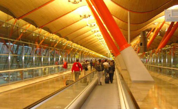 El aeropuerto de Barajas renueva la certificación sobre el plan de gestión de carbono y ahorro energético