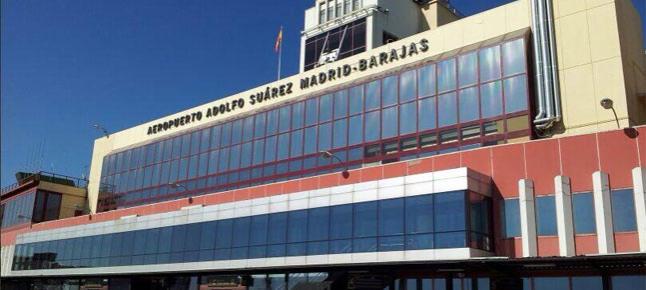 Reabre el aeropuerto de Madrid-Barajas tras permanecer cerrado durante más de una hora