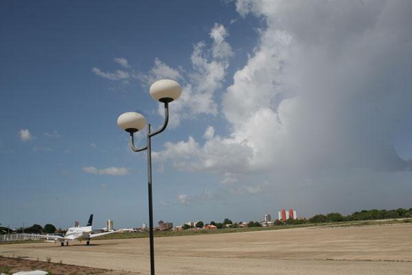 Estudo prevê R$ 918 milhões para ampliação do Aeroporto Hercílio Luz