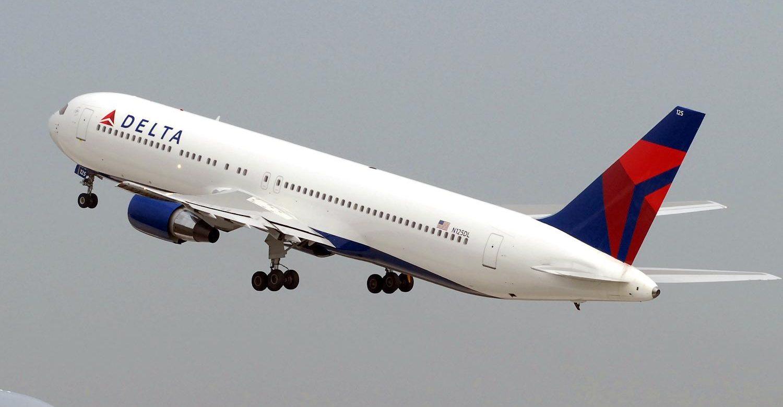 Delta Air Lines despega en Wall Street al incrementar dividendo