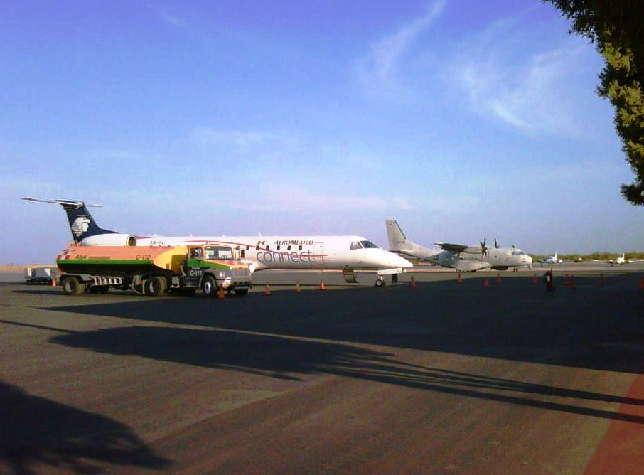 Presentan quejas a Aeroméxico