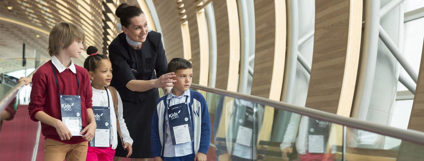 """Air France presenta Â« Kids"""" y """"Kids Solo"""", una oferta de servicios especialmente diseñada para los niños y toda la familia"""
