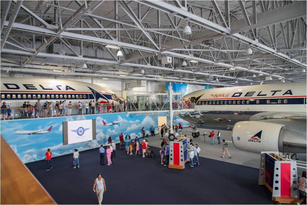 Delta celebra la gran apertura del nuevo Museo de Vuelo de Delta
