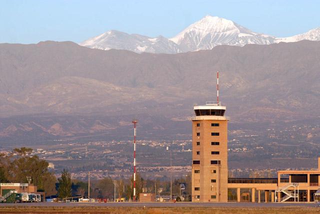 aeropuerto-mendoza-argentina
