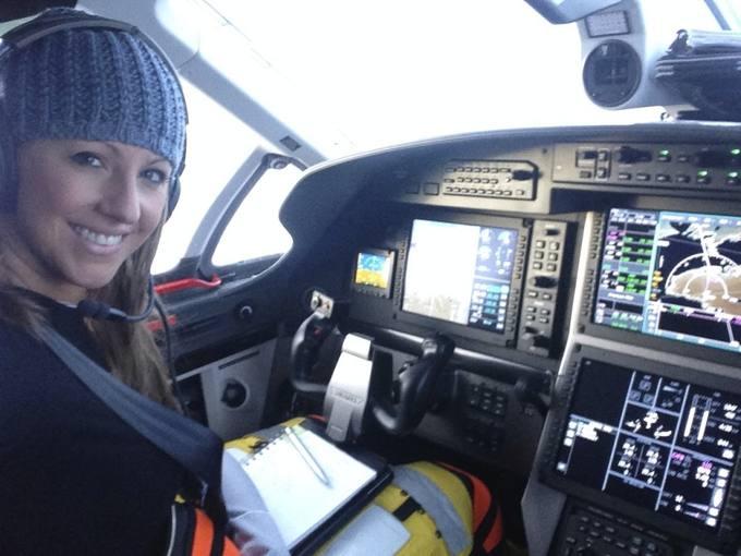 La Amelia Earhart del siglo XXI comienza su viaje en avión alrededor del mundo