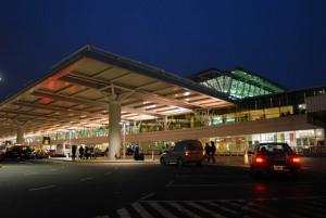 Protesta bloqueó acceso al aeropuerto de Ezeiza